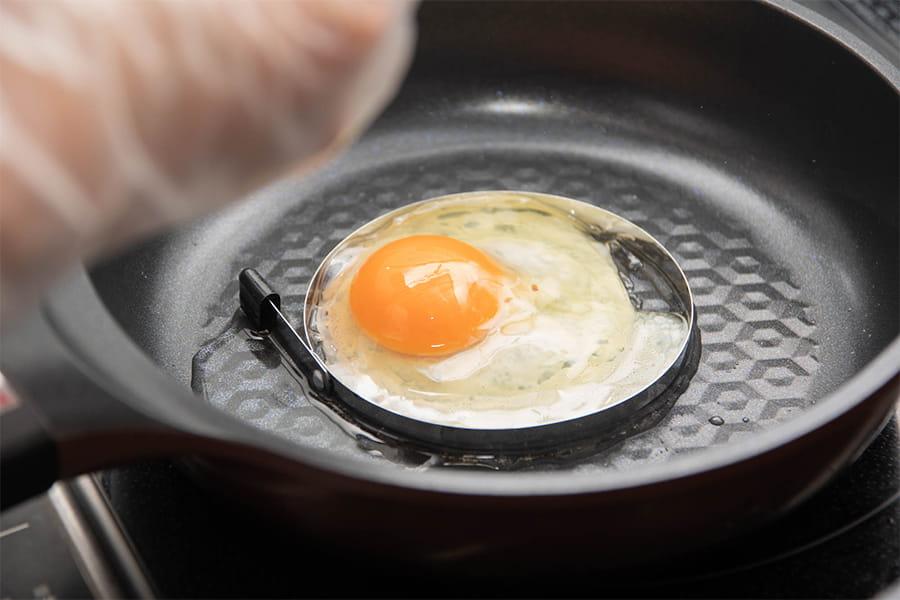 産地直送の新鮮な卵を使用しています。